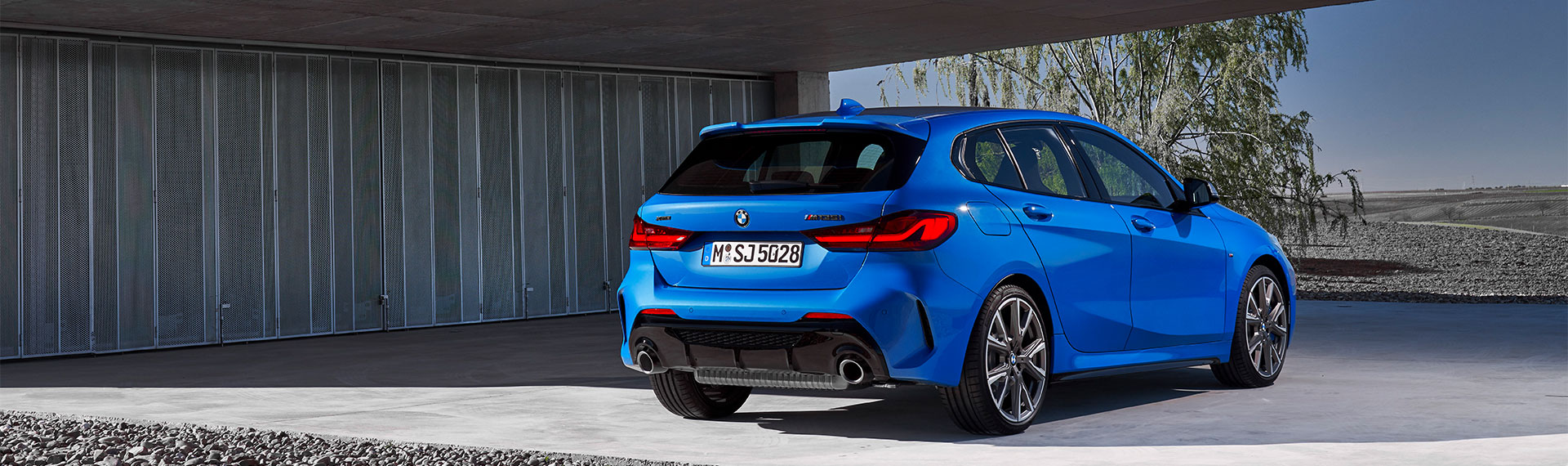 BMW 1 Series rear and side profile.