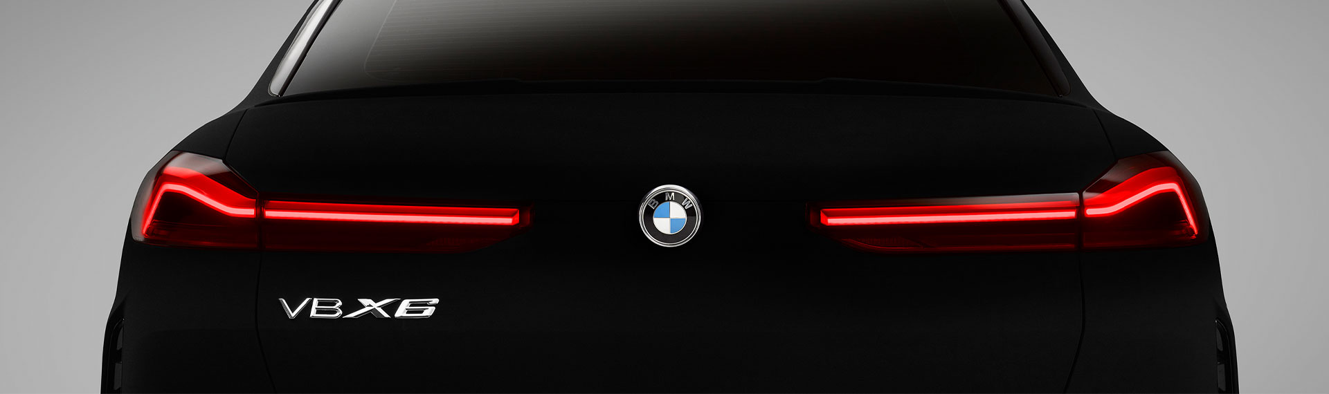 Rear view of BMW X6 in Vantablack®