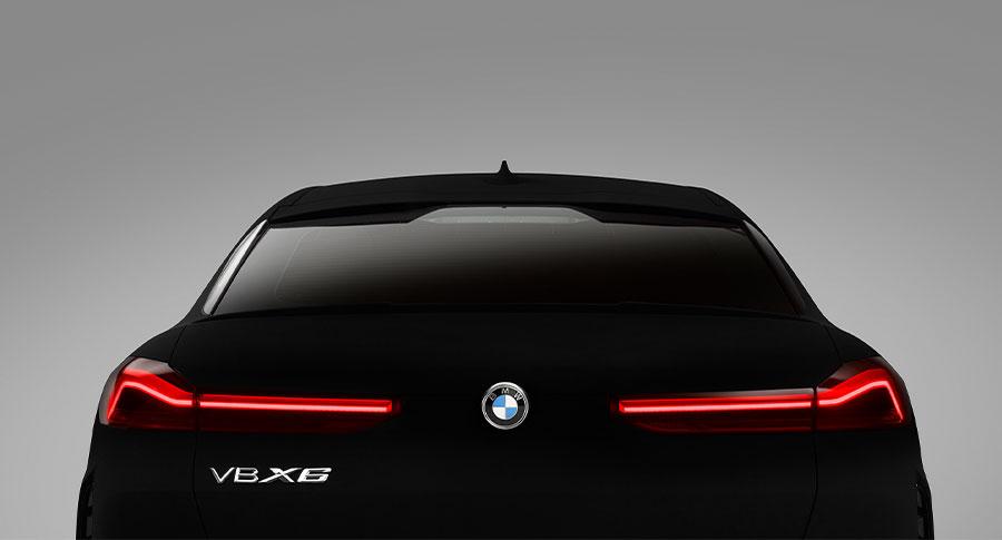 Rear view of BMW X6 in Vantablack®
