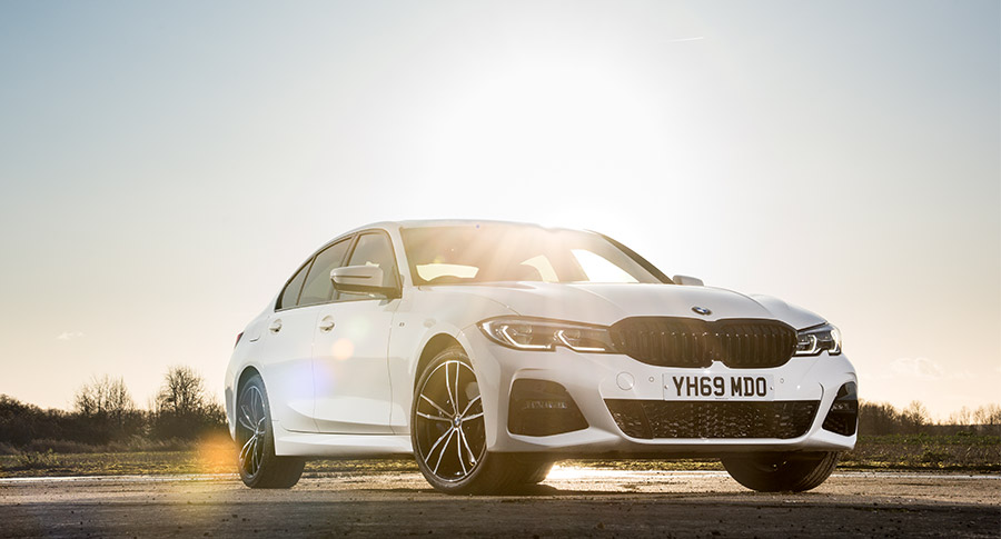 Front image of BMW 330e M Sport Saloon