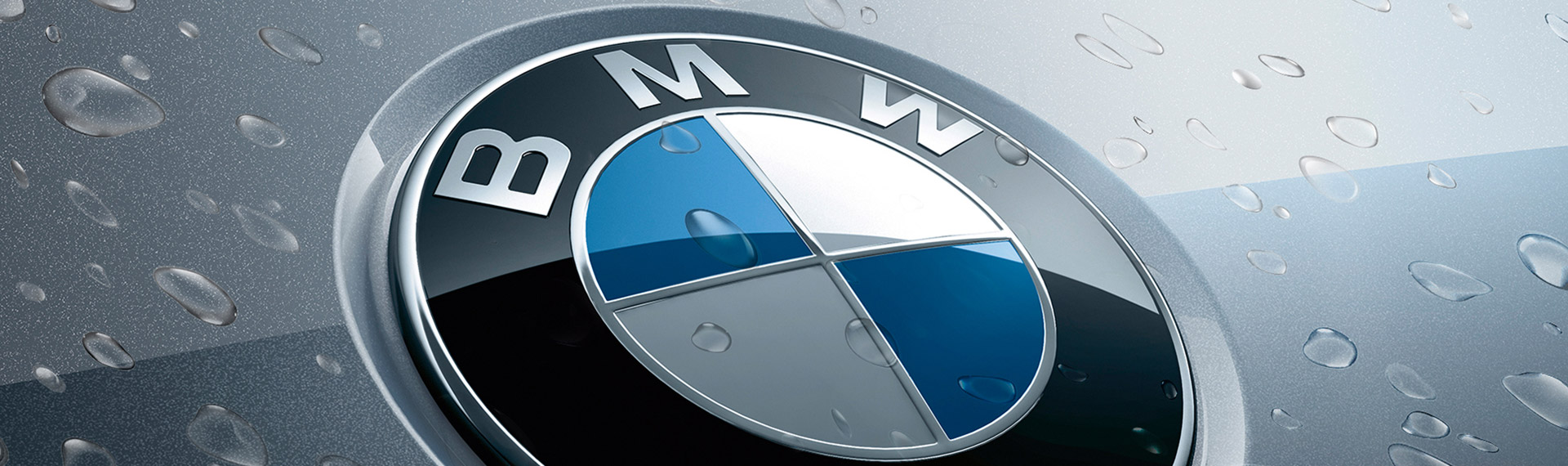 BMW logo with water droplets