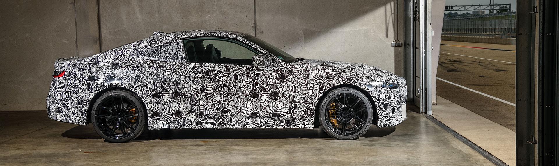 BMW M4 Coupé side profile